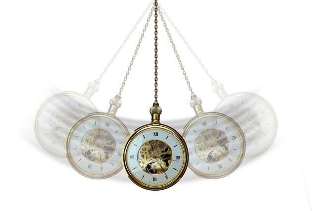 Horloge effecutant un mouvement